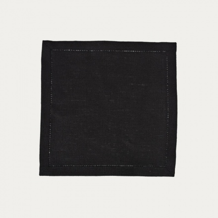 invit-cocktail-napkin-23x23-h-01-black