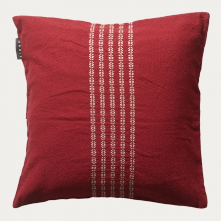 whyte-cushion-cover-40x40-d30-dark_-red