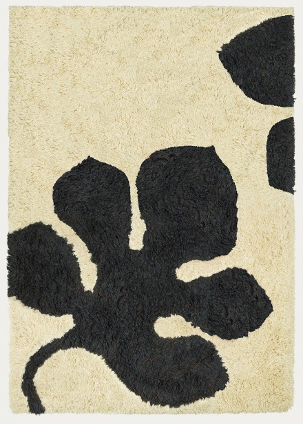 mulholland-rug-dark-charcoal-grey