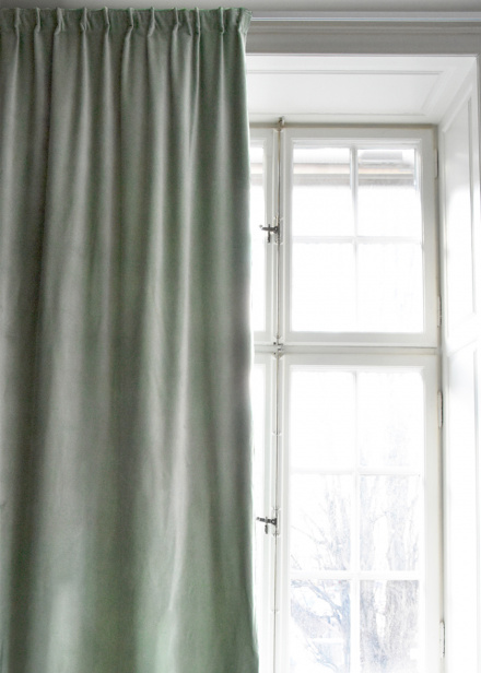 Paolo Curtain - Light ice green