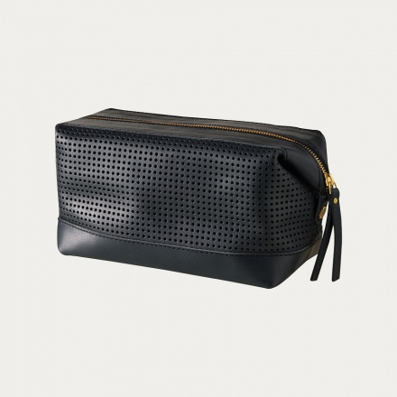 capra-toiletry-bag-black