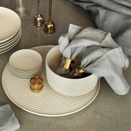 Kahn Cut Napkin 2-pack - Brass