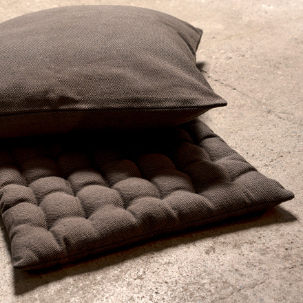 Pepper Seat Cushion - Bear Brown