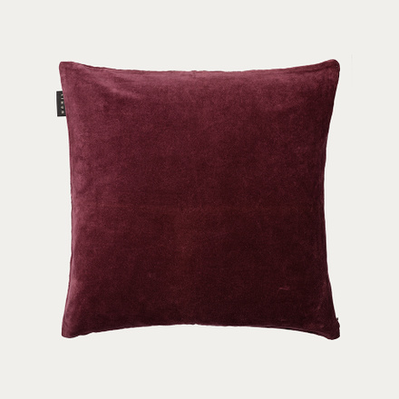 paolo-cushion-cover-dark-burgundy-red-50x50
