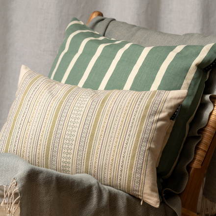 Daisy Cushion cover - Light olive green